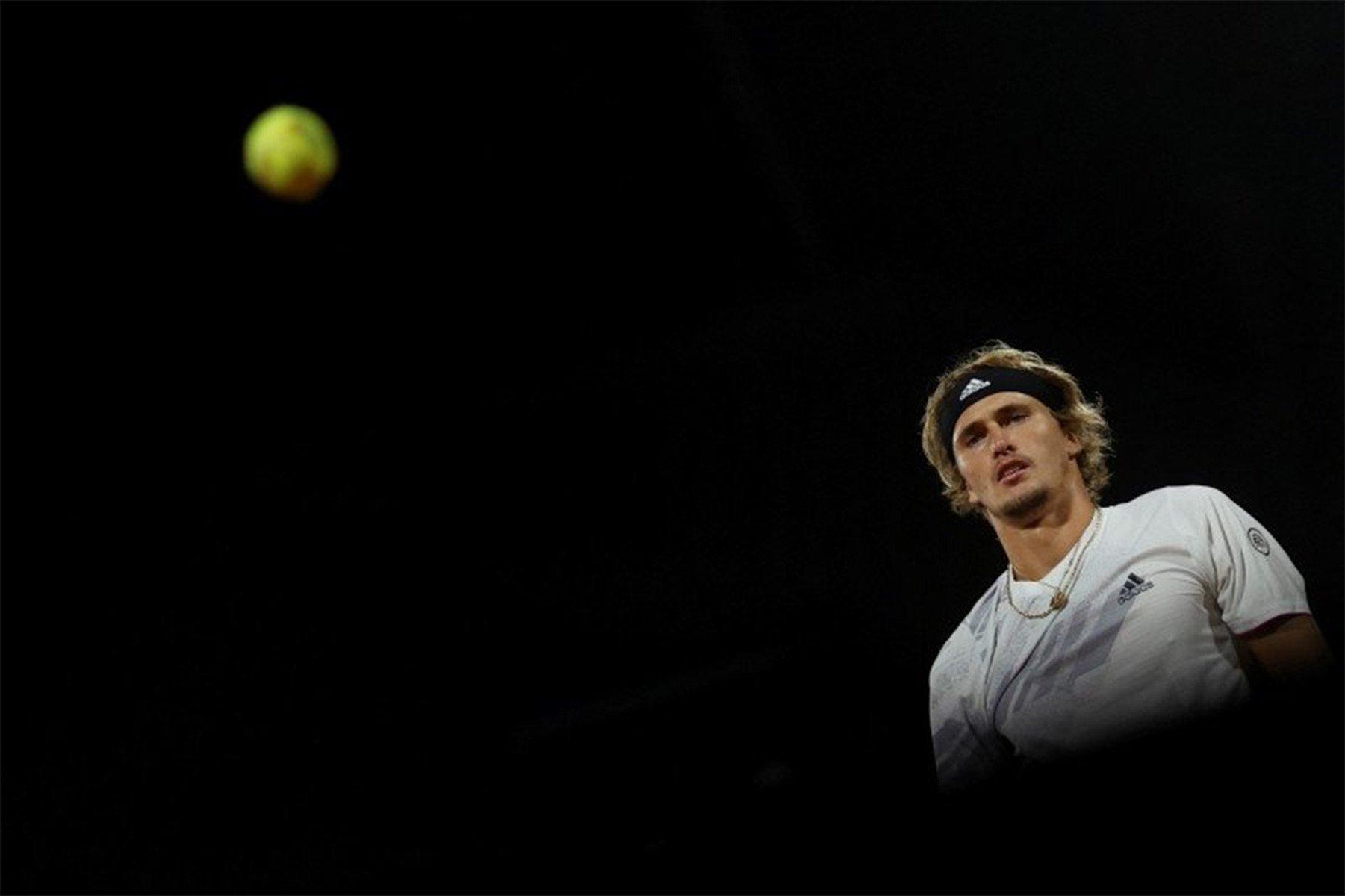 Zverev dan Nadal Tembus 16 Besar Roland Garros - JPNN.com