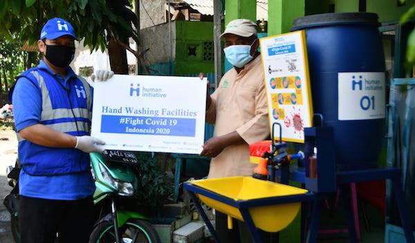 Gandeng Give2Asia, Human Initiative Distribusikan Paket APD Untuk Tenaga Kesehatan dan Edukasi Masyarakat - JPNN.com