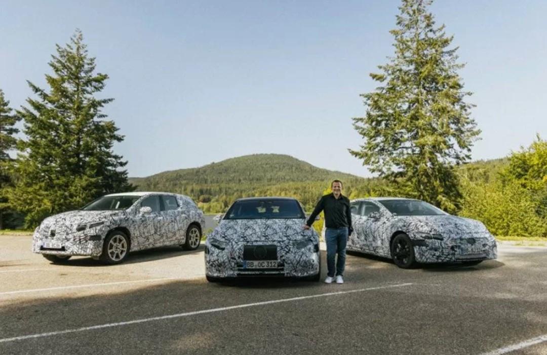 3 SUV Listrik Besutan Mercedes-Benz Disiapkan untuk Tahun Depan - JPNN.com