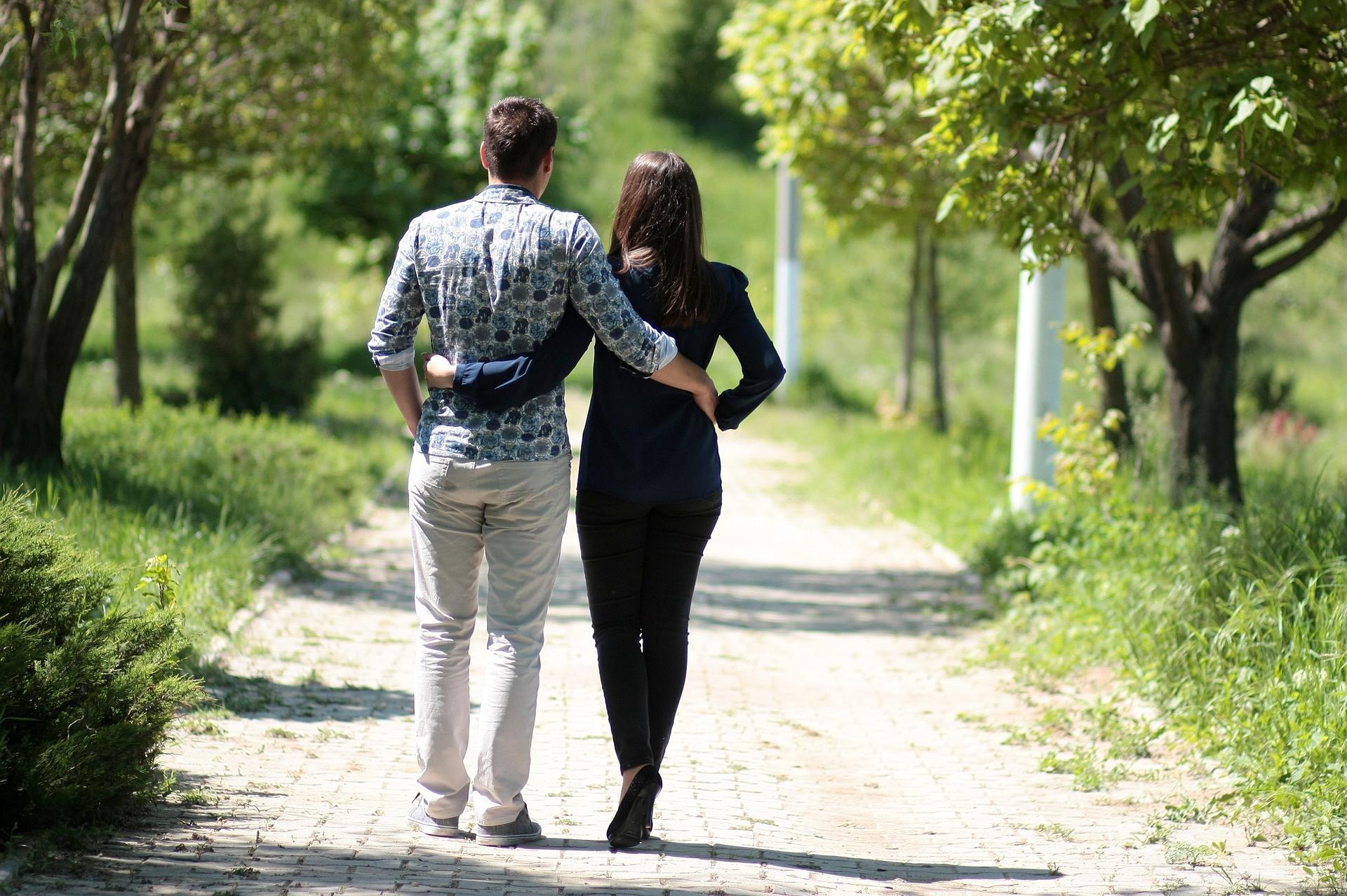 Ladies, Ini 5 Tanda Pria Setia Pada Kekasihnya - JPNN.com