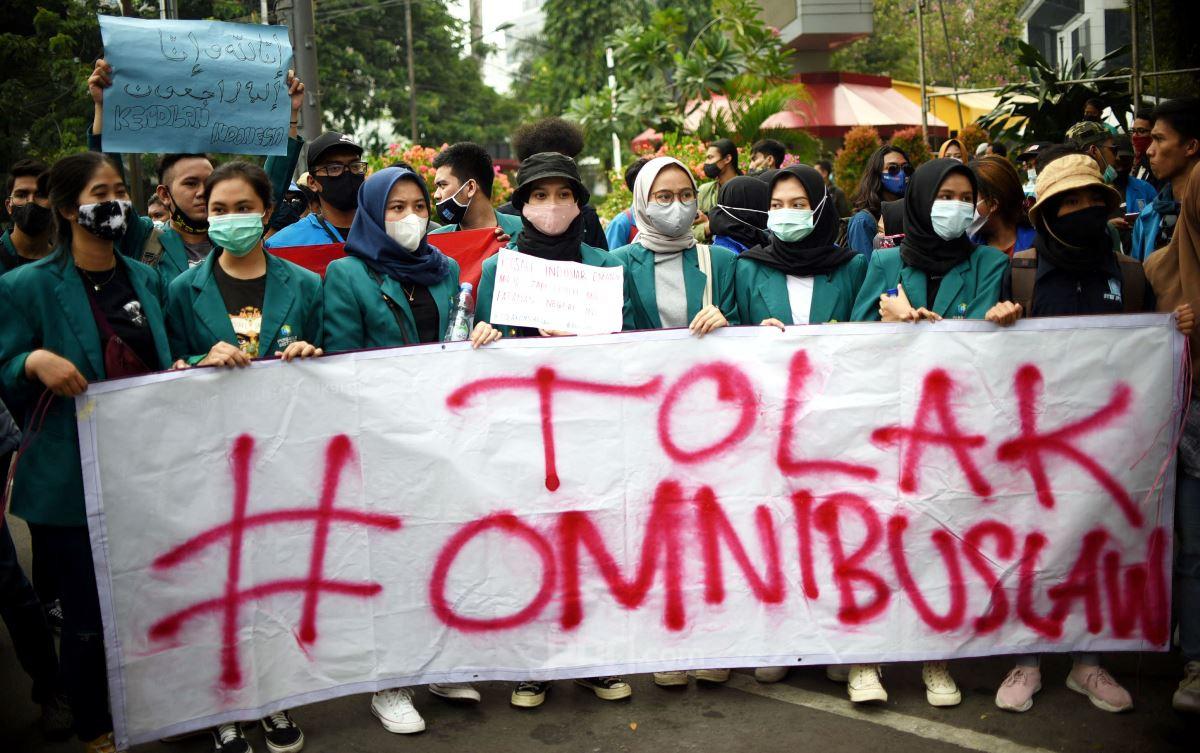 BEM Seluruh Indonesia Ajak Mahasiwa Bersatu Tolak UU Cipta Kerja - JPNN.com