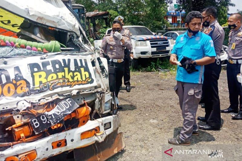 Kasatlantas: Pengemudi Truk Maut di Puncak Bogor tak Punya SIM - JPNN.com
