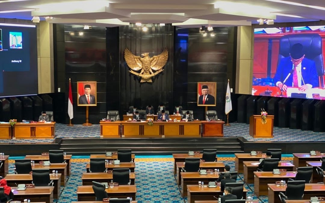 Teken Petisi, Ribuan Warga Jakarta Tolak Kenaikan Gaji Anggota DPRD DKI - JPNN.com