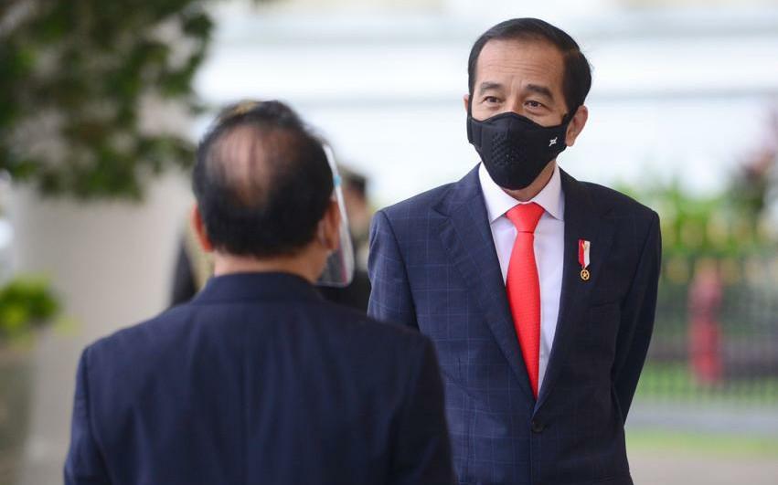 Pujian La Nyalla untuk Jokowi yang TelahMembuat Daerah Bangga - JPNN.com