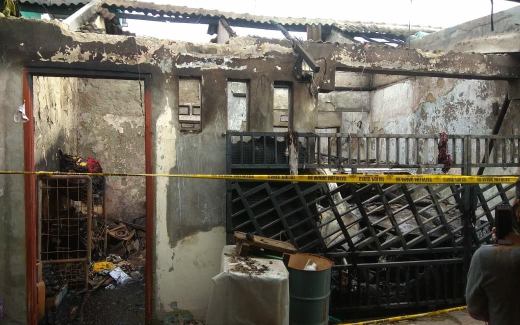 Kebakaran di Tangerang, Satu Keluarga Meninggal Dunia - JPNN.com
