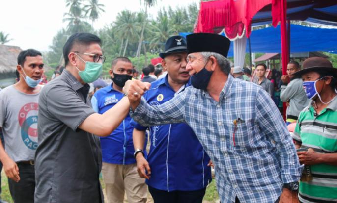 Ninik Mamak di Pesisir Selatan Menaruh Harapan pada Mulyadi - JPNN.com