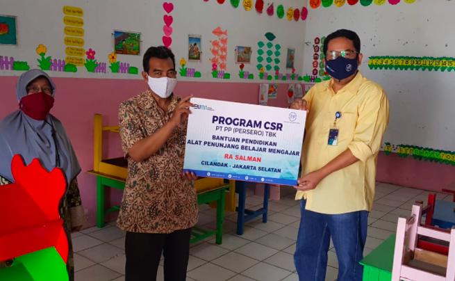 Peduli di Kala Pandemi, PT PP Terus Salurkan Bantuan ke Berbagai Sektor - JPNN.com