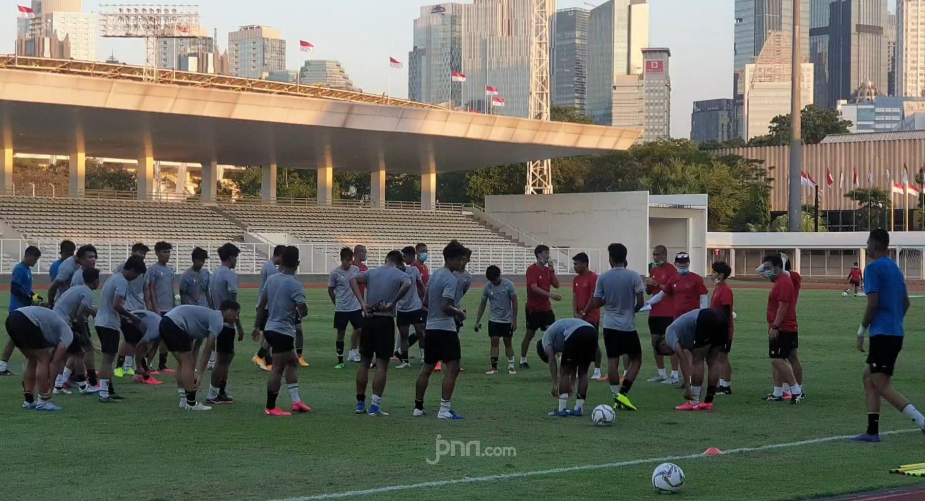 Latihan Perdana Timnas Indonesia U-19 Digelar Tertutup, Shin Tae Yong ke Mana? - JPNN.com