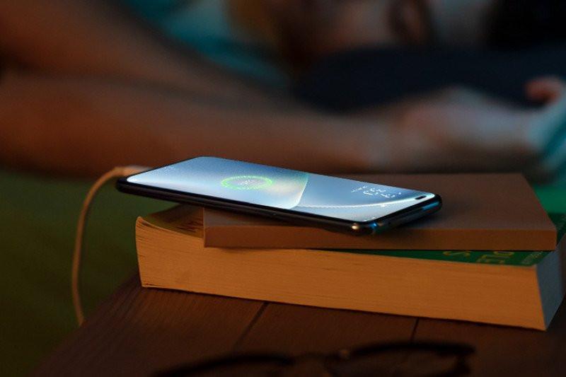 Cara Mudah Merawat Baterai Ponsel Agar Tahan Lama - JPNN.com