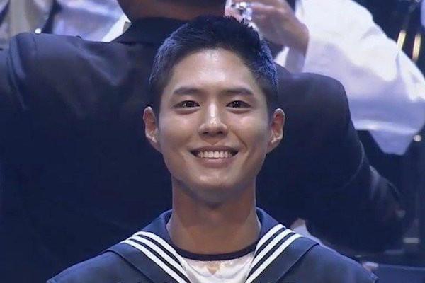 Keren, Penampilan Perdana Aktor Ganteng Ini Setelah Resmi Jadi Tentara Angkatan Laut - JPNN.com