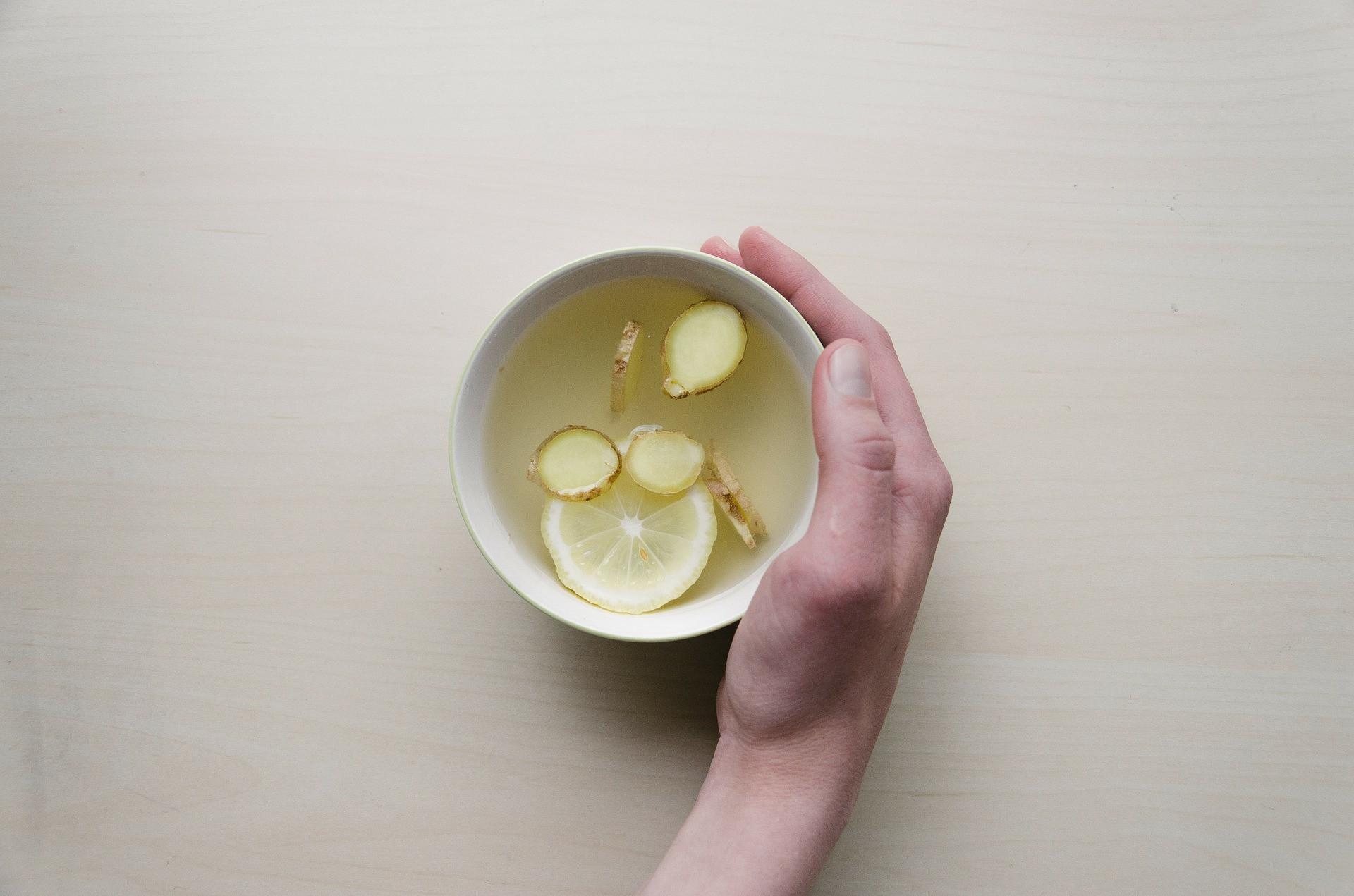 7 Manfaat Air Rebusan Jahe dan Serai, Nomor 3 Baik untuk Turunkan Kolesterol - JPNN.com
