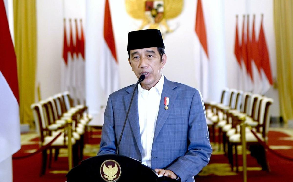 Jokowi Minta Rakyat Meneladani Nabi Muhammad SAW untuk Saling Menolong di Kala Sulit - JPNN.com