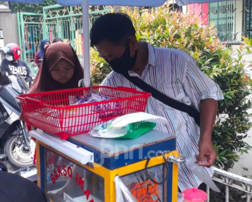 Kembaran Raffi Ahmad Masuk Tim RANS, Ayah Agus: Saya Disuruh Tanda Tangan - JPNN.com