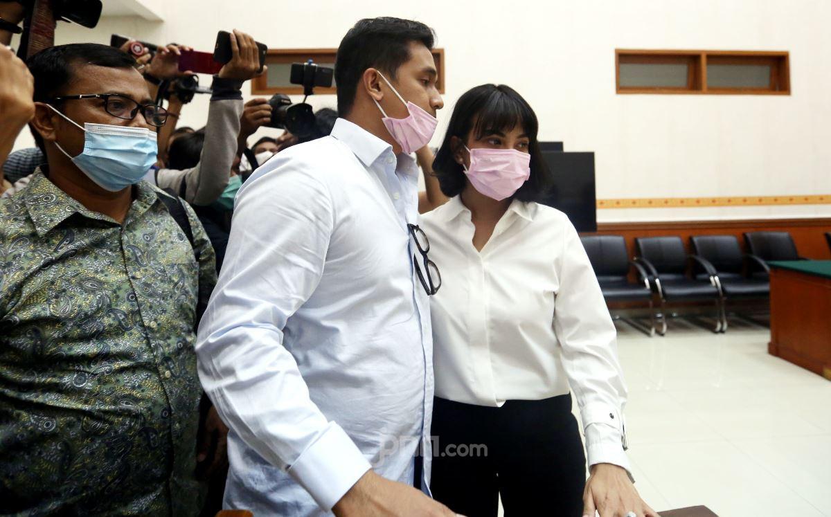 Kalimat Singkat Vanessa Angel saat Ditanya Pak Hakim - JPNN.com