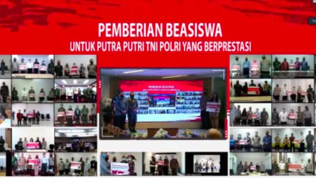 PT PP Berikan Beasiswa untuk Anak TNI dan Polri di Hari Pahlawan - JPNN.com