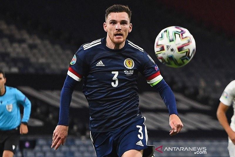 Mimpi Masa Kecil Bek Liverpool Untuk Timnas Skotlandia, Hampir Terwujud! - JPNN.com