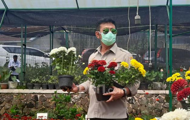 Mentan SYL dan Menko Airlangga Lepas Ekspor Florikultura ke 20 Negara - JPNN.com