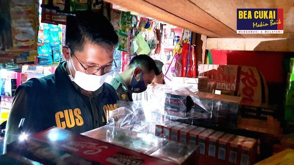 Bea Cukai Menggandeng Instansi Lain untuk Cegah Peredaran Rokok dan Miras Ilegal - JPNN.com