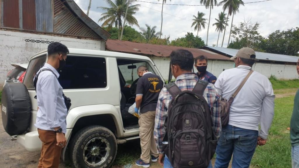 Baru Mengambil Uang dari Bank, Mobil Dirusak Maling, Uang Ratusan Juta Rupiah Raib - JPNN.com