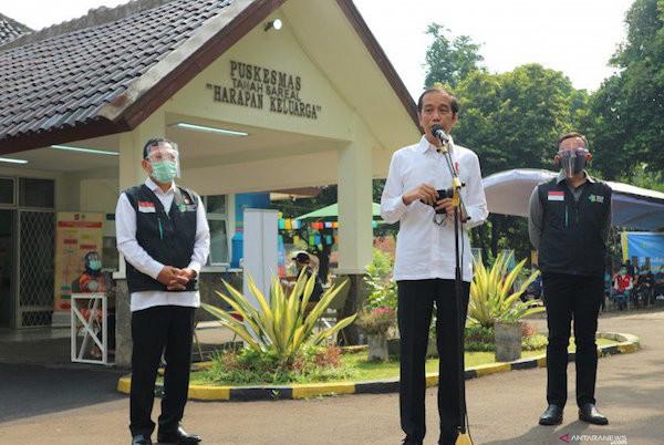 Jokowi Jawab Begini jika Ditanya Kesiapannya Menerima Vaksin Covid-19 - JPNN.com