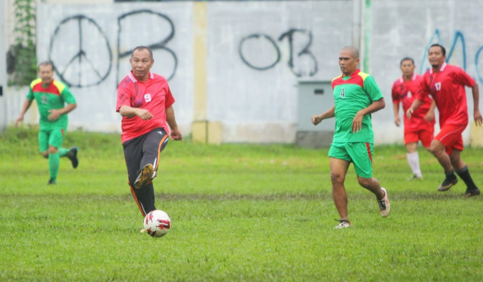 Akhyar Nasution Pengin Setiap Anak di Medan Punya 1 Bola Sepak - JPNN.com