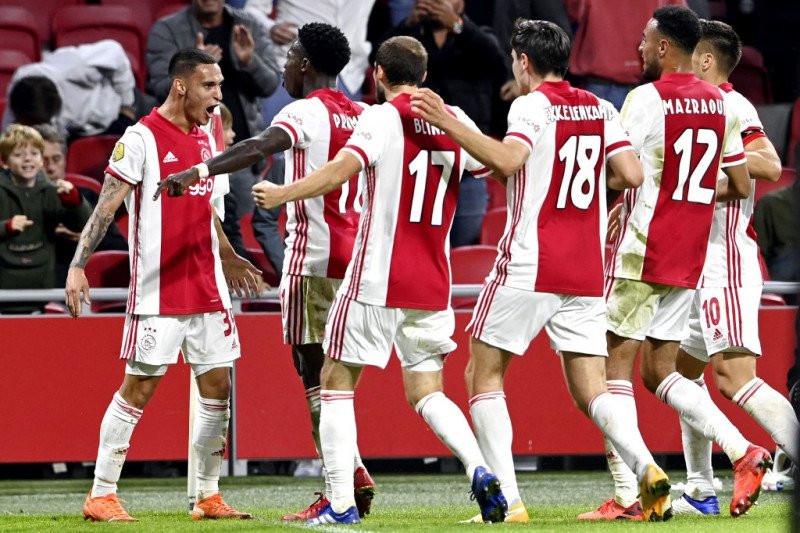 Bantai Heracles, Ajax Rebut Kembali Puncak Klasemen - JPNN.com