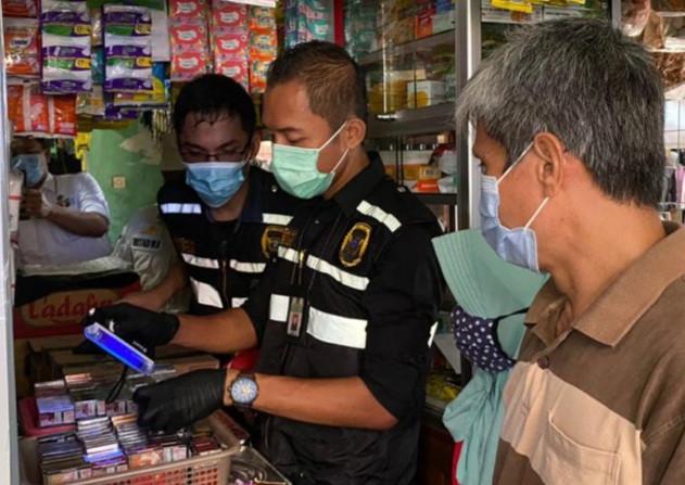 Edukasi dan Pengawasan di Bidang Cukai, BC Sosialisasikan Gempur Rokok Ilegal dan DBHCHT - JPNN.com