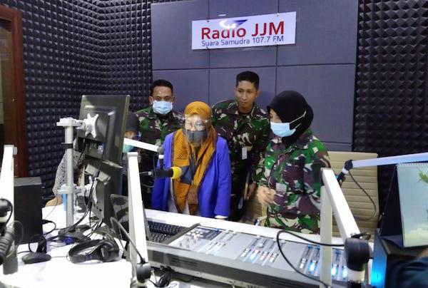 Tim Penilai Nasional ZI Kemenpan-RB Sambangi Dispenal dan Radio JJM TNI AL - JPNN.com
