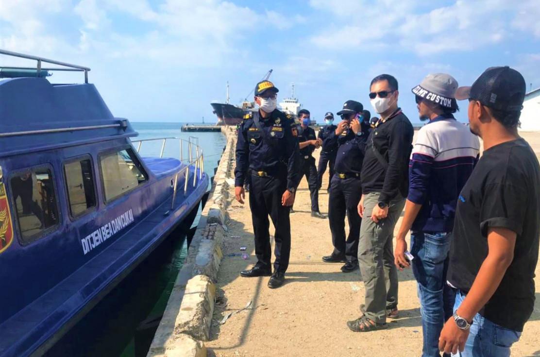 Bea Cukai Bali Nusra-Polda NTT Gencarkan Patroli Laut Wilayah Perbatasan - JPNN.com