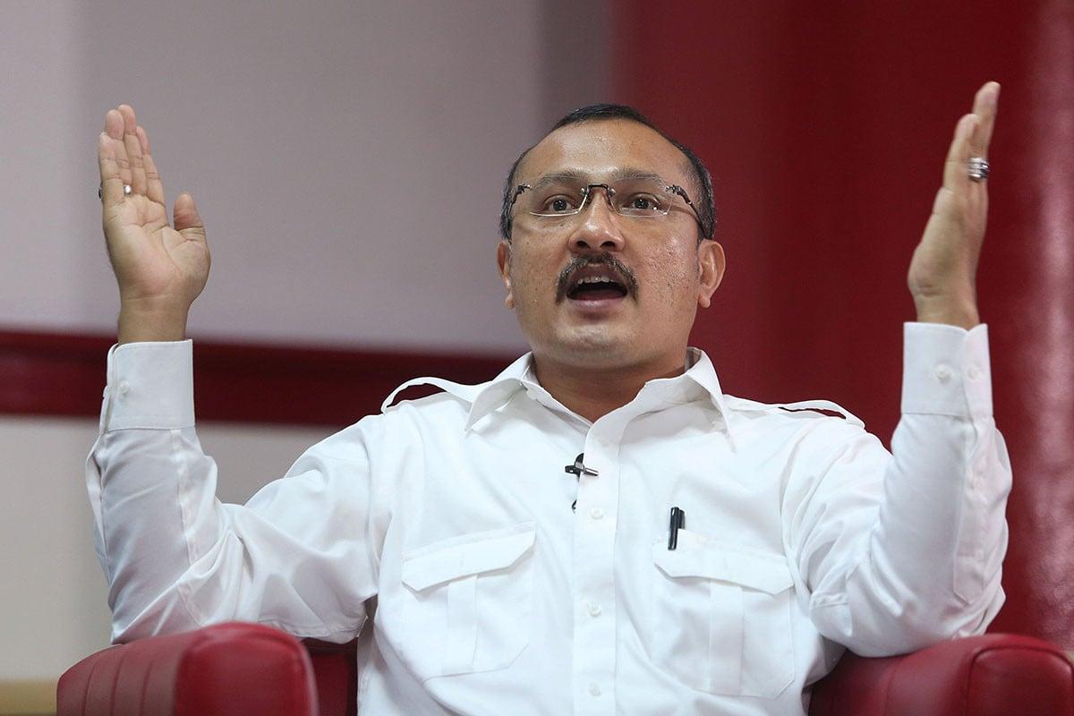 Membela Mahfud MD, Ferdinand Sebut Omongan RK Salah Kaprah - JPNN.com