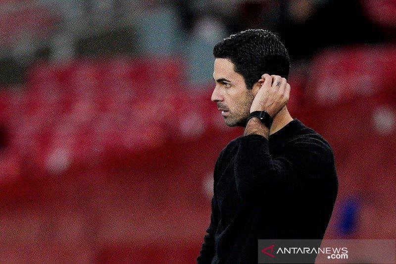 Arsenal Melorot ke Urutan 14, Arteta Tetap Tak Khawatir - JPNN.com