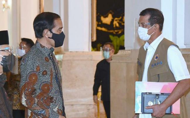 Presiden Jokowi Optimistis Melihat Indikator Pengendalian Covid-19 - JPNN.com