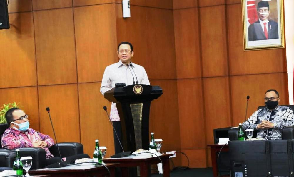 Ketua MPR: Kerja Sama Indonesia-AS Era Joe Biden Harus Utamakan Kepentingan Nasional - JPNN.com