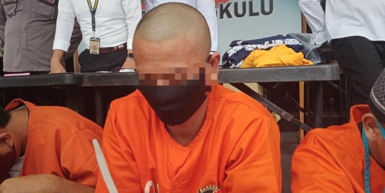 SY Berlagak Mabuk Lalu Masuk Kamar Kakak Ipar, Terjadi Aksi Tak Terpuji - JPNN.com