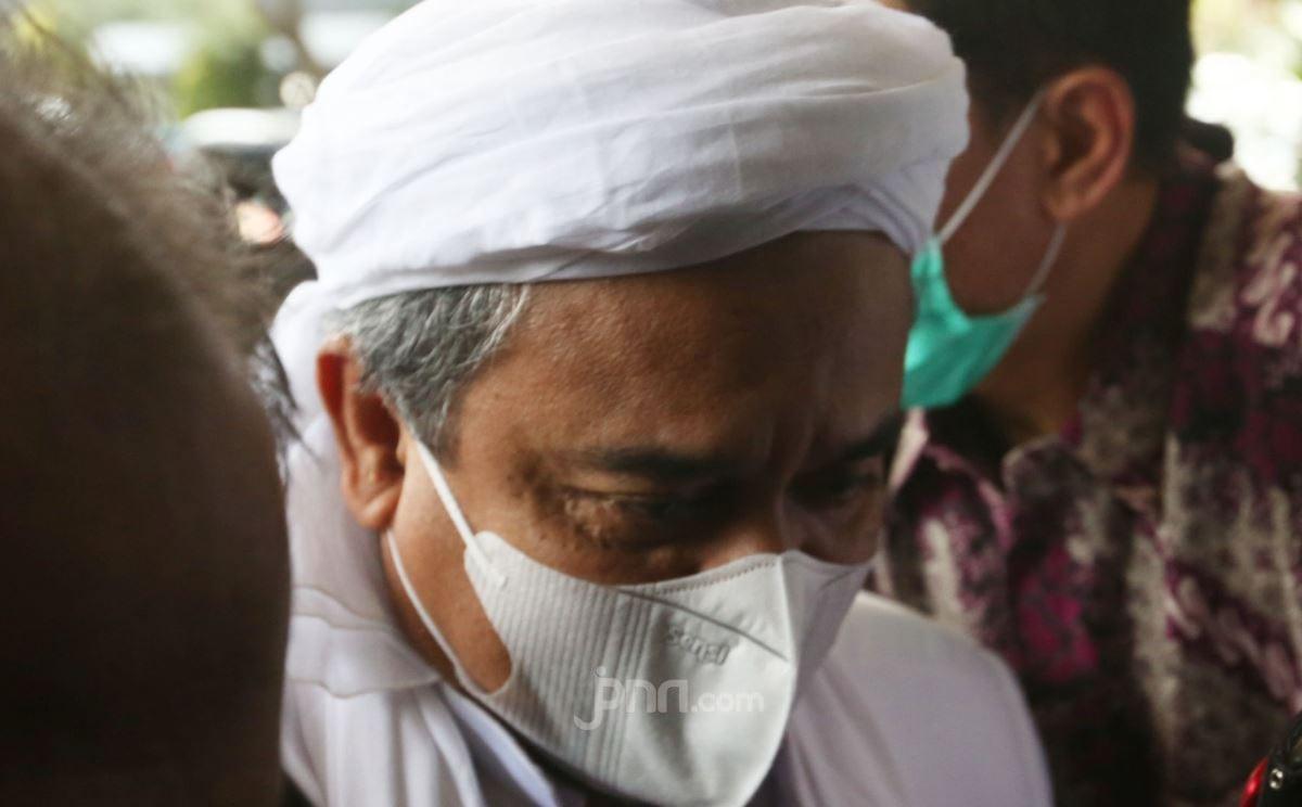 Habib Rizieq Dipindah ke Rutan Bareskrim, Kondisinya Mengkhawatirkan - JPNN.com