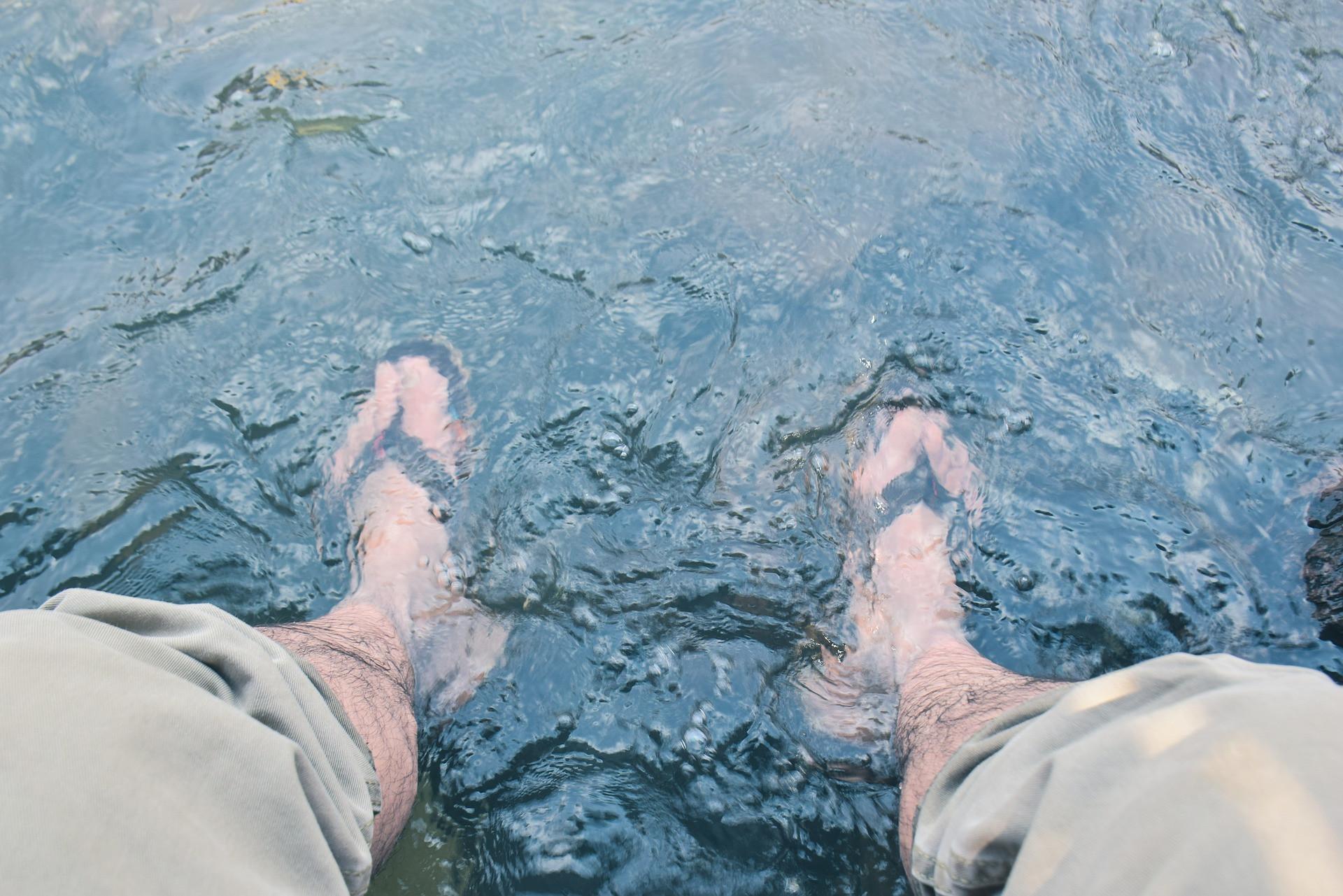 3 Manfaat Merendam Kaki Dalam Air Es Salah Satunya Untuk Nyeri Otot Jpnn Com