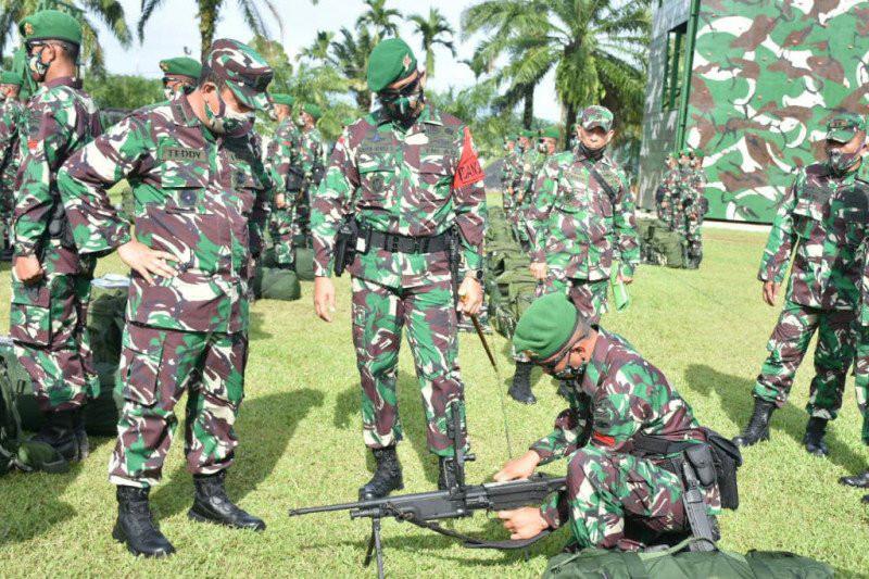 Pasukan TNI dari Yonif Tombak Sakti Siap Bergerak, Semoga Sukses - JPNN.com