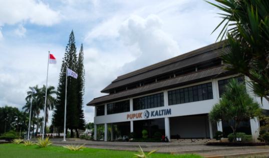 Pupuk Kalimantan Timur Dinobatkan sebagai Perusahaan Penurunan Emisi Terbaik 2021 - JPNN.com