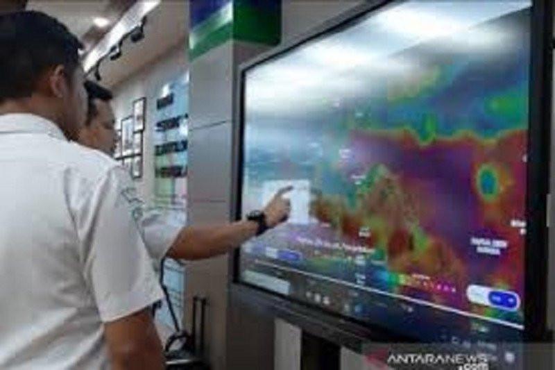 Siap-siap, Bakal Terjadi Cuaca Buruk Sepanjang Hari Ini - JPNN.com