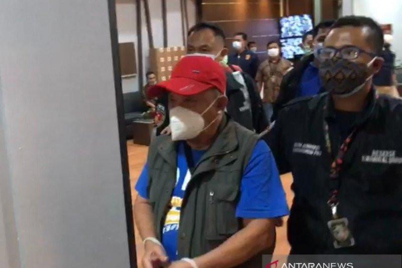 Ditangkap di Banten, Arifin Wijaya Langsung Digelandang ke Polda Metro Jaya - JPNN.com