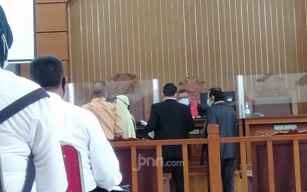 Kalah Praperadilan, Kubu Habib Rizieq Kaitkan Sikap Penyidik dan JPU dengan Maulid Nabi, Alamak! - JPNN.com