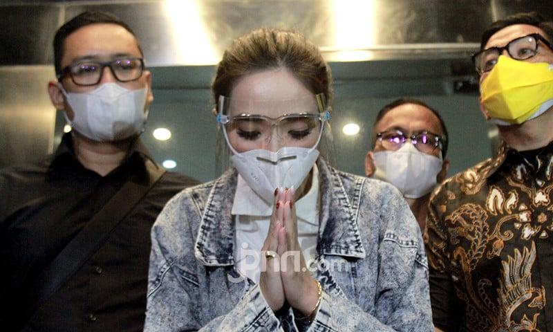 Penyidik Akan ke Kamar Hotel Tempat Gisel dan Nobu Berbuat Begituan - JPNN.com