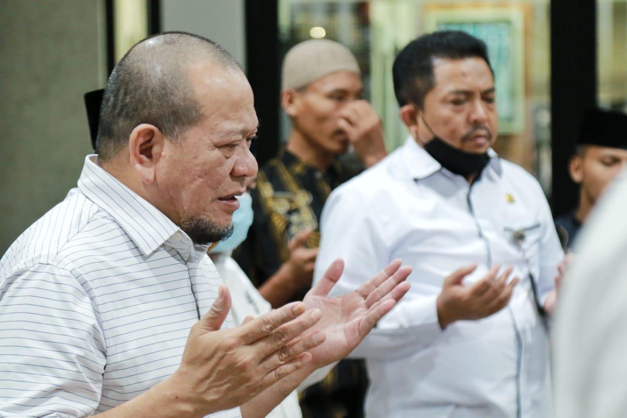 Ketua DPD Prihatin Musibah Banjir di Kalsel - JPNN.com