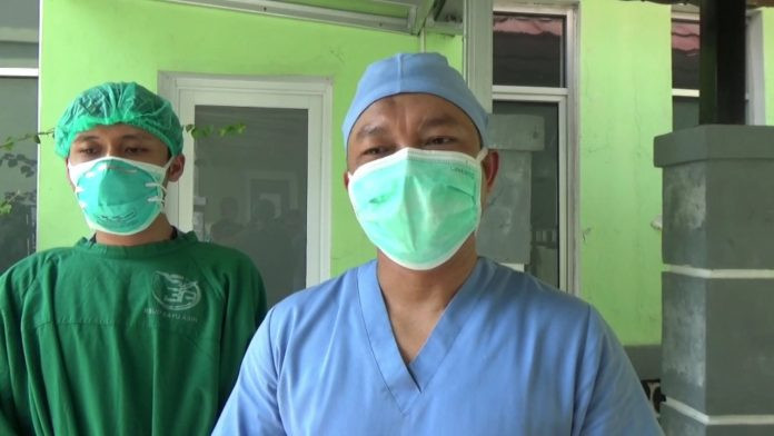 Video Tenaga Kesehatan Tolak Vaksin Covid-19 Viral - JPNN.com