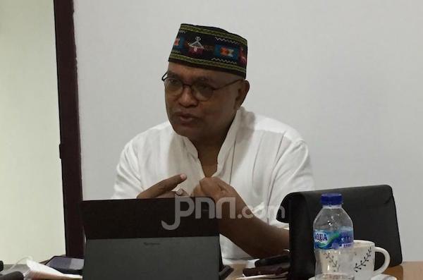 Rizieq Shihab Disidang Secara Offline, Petrus Selestinus: Hakim Menggadaikan Kemandiriannya - JPNN.com