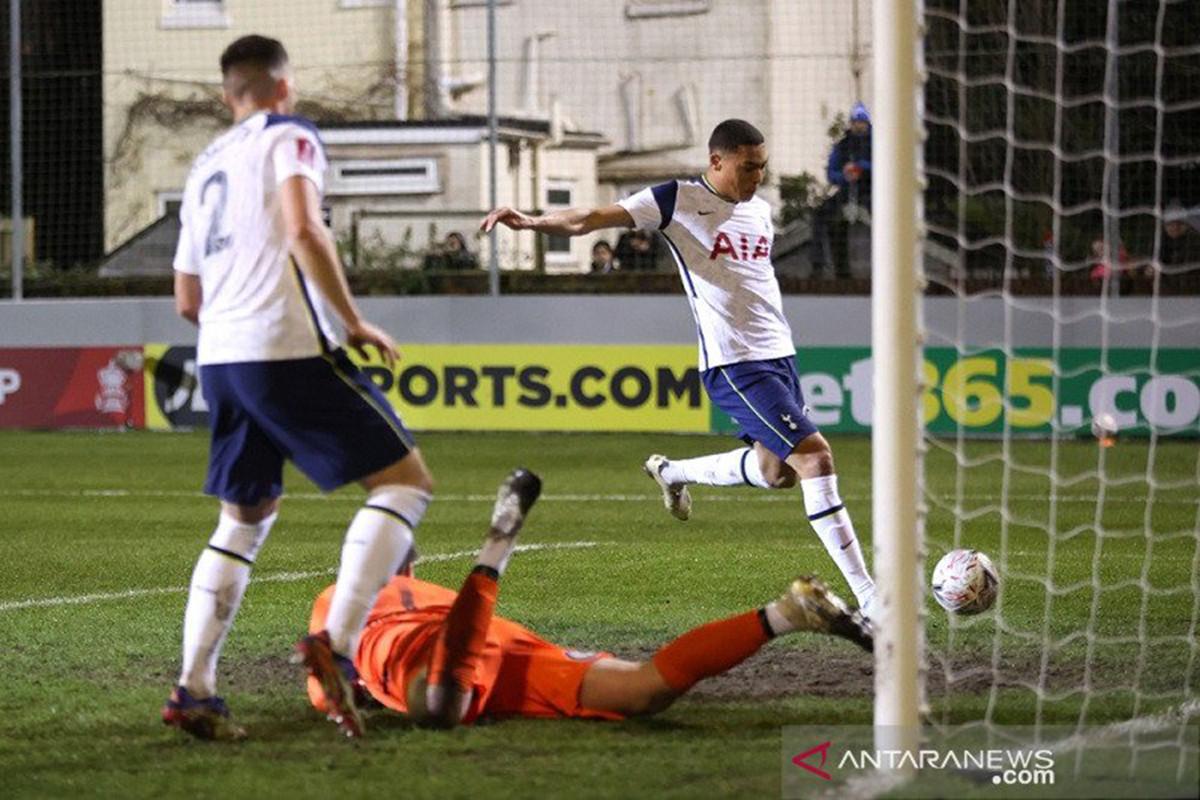 Tottenham Hotspur, Chelsea dan Manchester City Tembus 32 Besar FA Cup - JPNN.com
