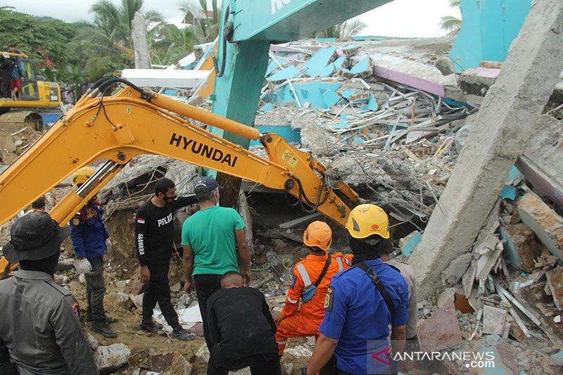 Kalsel Dilanda Banjir, Sulbar Diguncang Gempa, Irwan Minta Pemerintah Lebih Responsif - JPNN.com