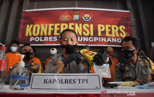Memalukan, YA dan G Nekat Berbuat Terlarang di Bukit Bestari - JPNN.com