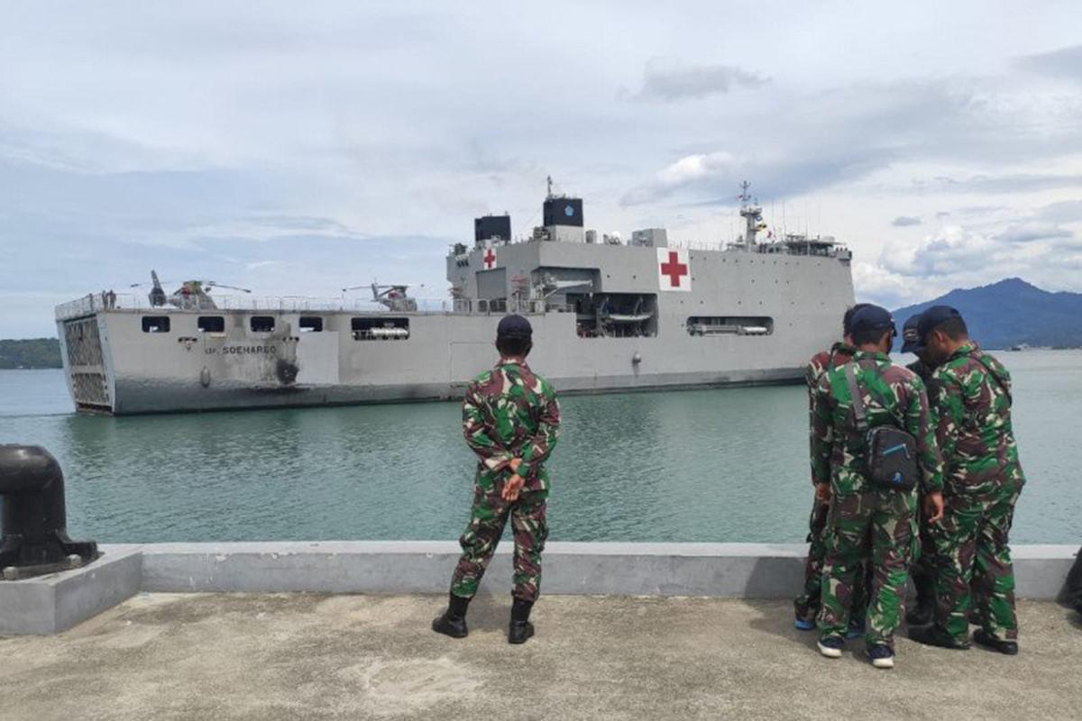 Alhamdulillah, Rumah Sakit Terapung TNI AL Bersandar di Mamuju - JPNN.com