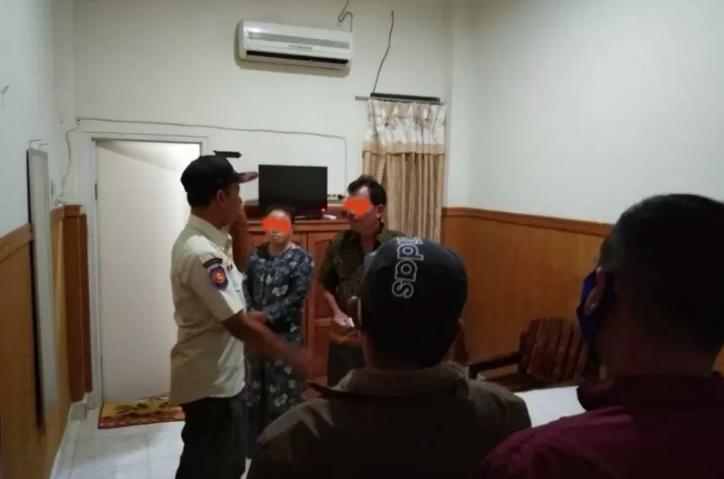 Istri Gerebek Suami ASN Lagi Asyik Begituan dengan Wanita Lain di Hotel - JPNN.com